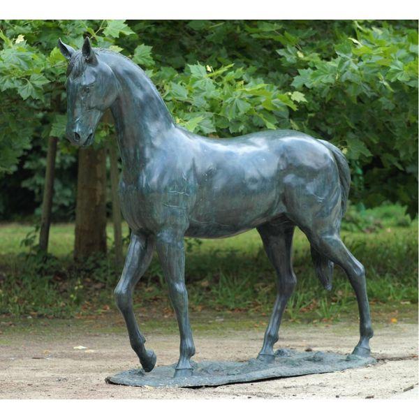 """CHEVAL"" Bronze H 217 cm"