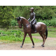 """CHEVAL et CAVALIERE"" Bronze H 217 cm"